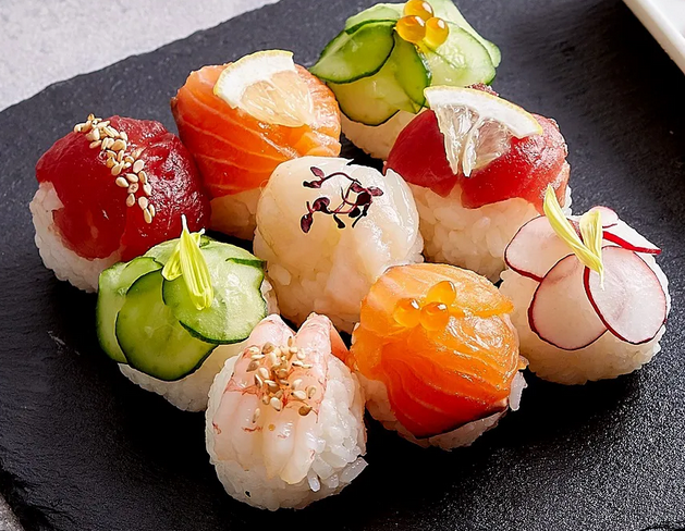 TRY YOUR HAND at MAKING POM POM SUSHI
